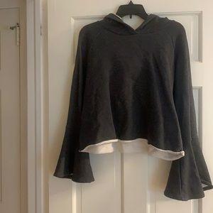 Grey bell sleeved cropped sweatshirt